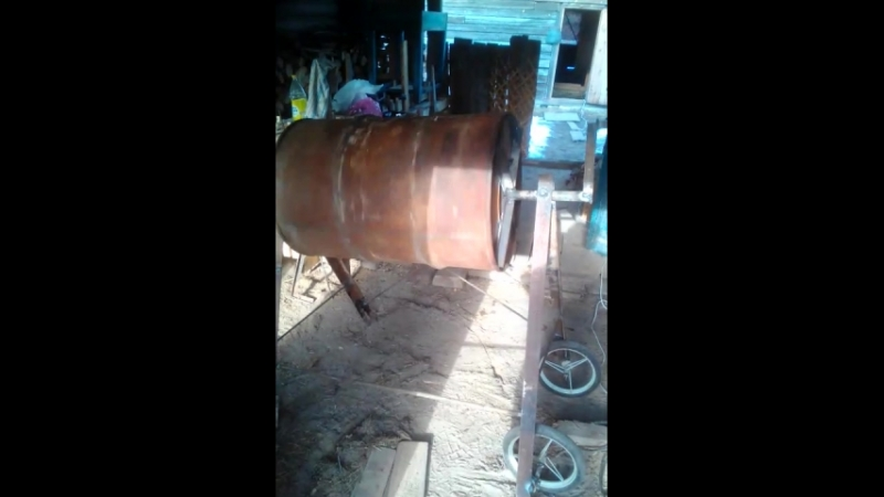 бетономешалка из бочки, ручной приаод