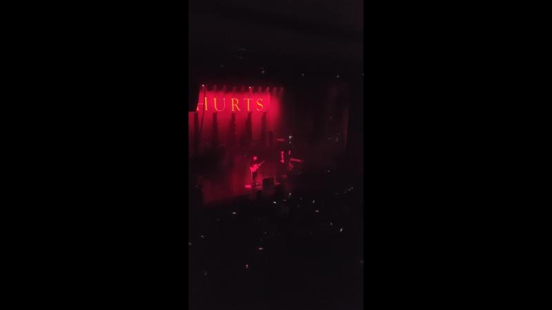 Hurts - People like us Vladivostok Fesco Hall 2018