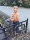 12-летний Саша Чебыкин спас из затопленной сточной канавы двух щенков.