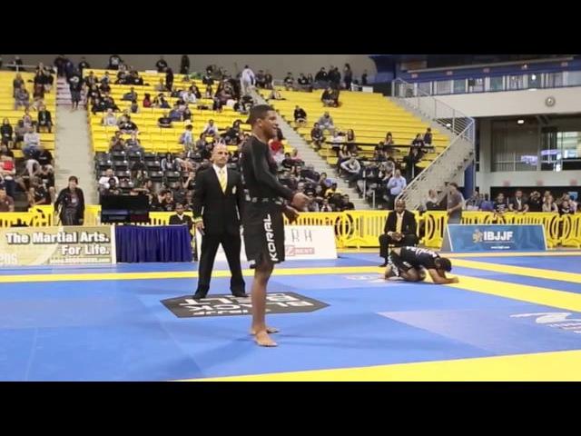 Gilbert Durinho Burns - ADCC 2015 - NOGI Takedowns - BJJ [HELLO JAPAN]
