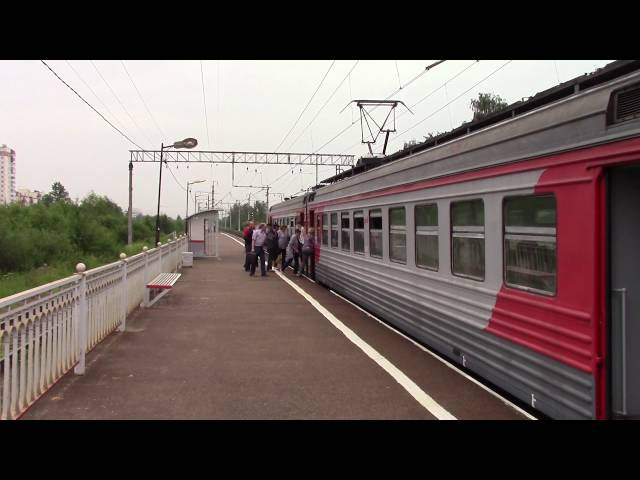 ЭТ2 8009 платформа Сосновая Поляна