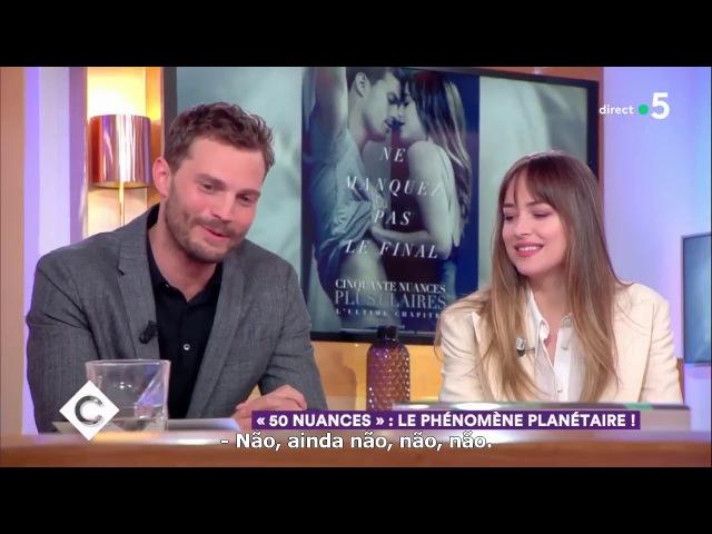 """LEGENDADO Dakota Johnson e Jamie Dornan reagem ao serem chamados de símbolo sexual"""""""