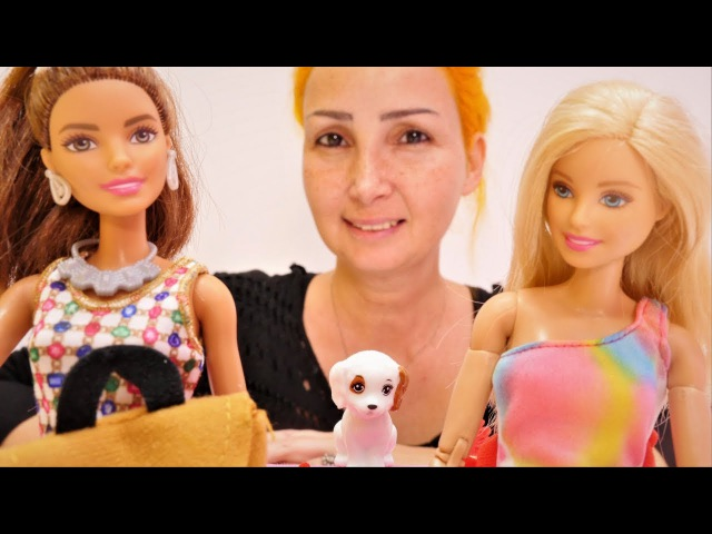 Özge'nin mağazasında köpek yaramazlık yapıyor! Barbie oyunları