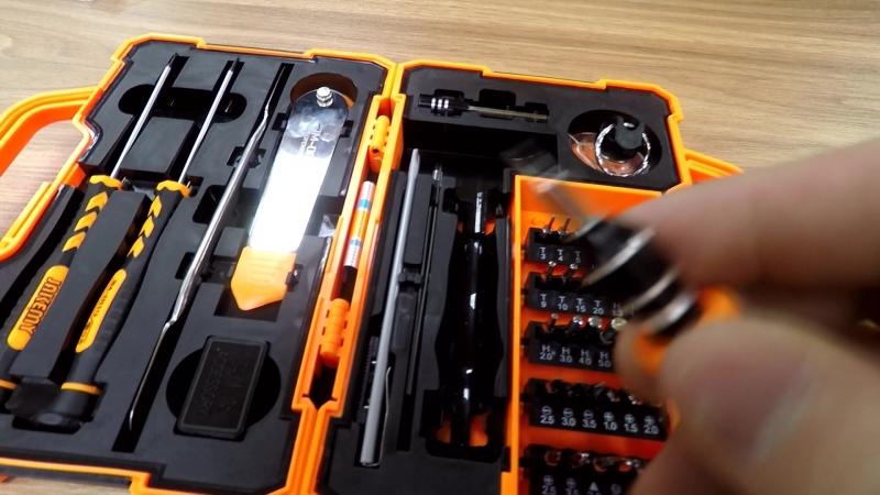 Набор инструментов JAKEMY JM 8139 45 предметов в кейсе