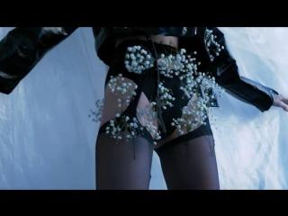 🌺🌼🌸🌼🌼🌼🌼 Film by @milky_blacks Photo @ooceaninsideme Make up @lyuda_okeanskaya Style @stylist_nogovitsina