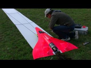 Самоуправляемый самолет с сумасшедшей скоростью
