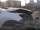 Mazda спровоцировала массовую аварию, в попытке проскочить на красный