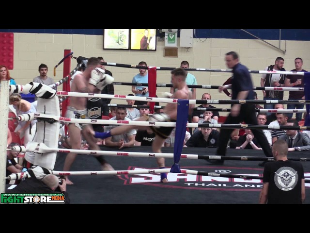 Darren O Gorman v Eric O Learly - Siam Warriors Muaythai Fight Night