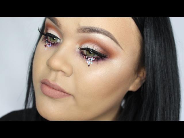 Festival Makeup Tutorial | Soft Cut Crease Sequins | INGLOT AUSTRALIA
