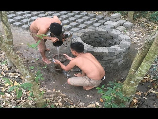 Primitive technology with survival skills Wilderness searching for groundwater (water well) part 3