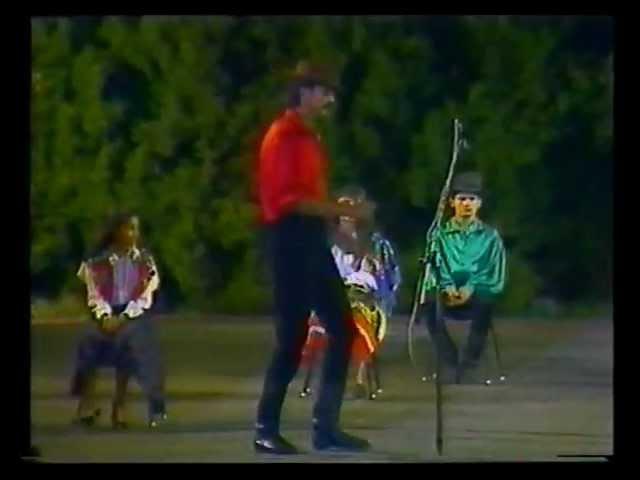 Танцует венгерский цыган Dancing Hungarian Gypsy man