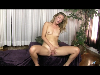 Mona Wales - Sexy Mama [Solo, Small Boobs, Puffy Nipples, Shaved Pussy, Short Girls, Blonde, Long hair, Fair Skin, Milf]