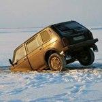 МЧС: что делать, если автомобиль провалился под воду