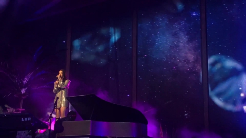 Lana Del Rey – Change, Black Beauty, Young And Beautiful (Live @ «Mandalay Bay Events Center» / «LA To The Moon Tour»)