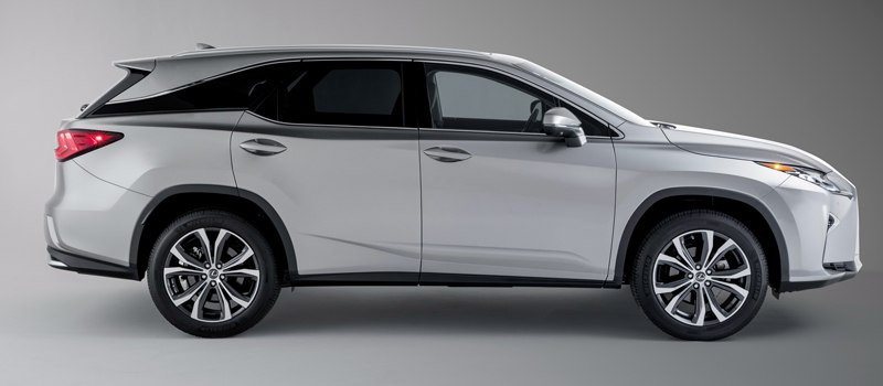 В Россию приедет новый 7-местный Lexus (за 3 804 000 рублей)