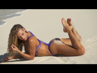 Lily Aldridge Hailey Clauson Spread Out In Turks Caicos _ Tanlines _ Sports