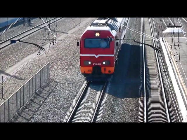 ЭП2К-083 с вагоном-дефектоскопом на станции Новосибирск-Западный