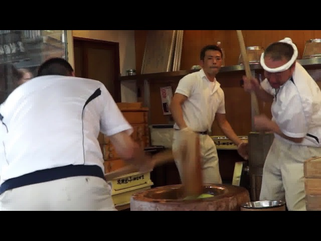 Ultra fast MOCHI smashing