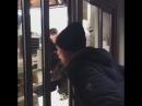 Зипуля покупает бургеры
