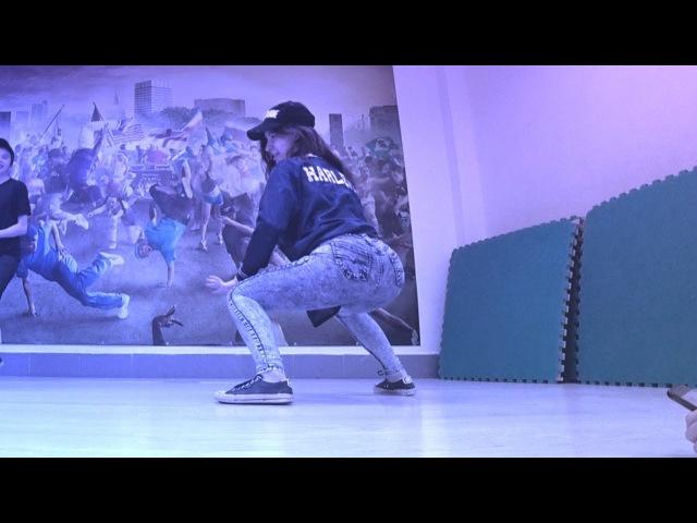 Танец ГАЗИРОВКА - МАДЕМУАЗЕЛЬ (Танцующий Чувак) GAZIROVKA - MAD-MA Движение Бузова