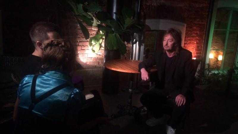Крис прибыл в Питер - интервью на телеканале LIFE78
