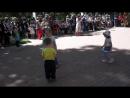 Танцевальный батл Девочки против мальчика