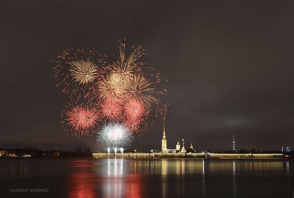 315 лет. С Днем рождения, Санкт-Петербург! P_hVJG_rhII