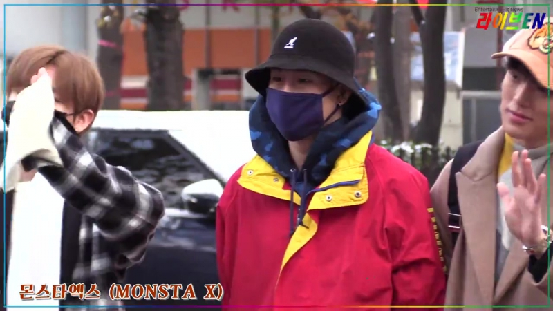 [RAW|VK][24.11.2017] MONSTA X at arrive KBS Music Bank @ liveenTV