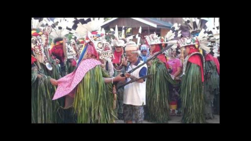 Tarian Suku Dayak (hudoq bahau bateeq) Laham Kab MAHULU