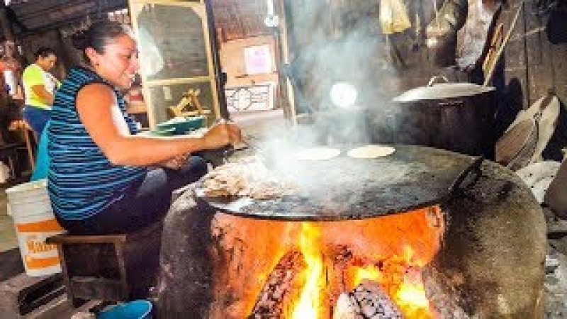 UNBELIEVABLE Mexican Food - SIZZLING MEAT Cenote and Chichen Itza | Yucatán, Mexico!
