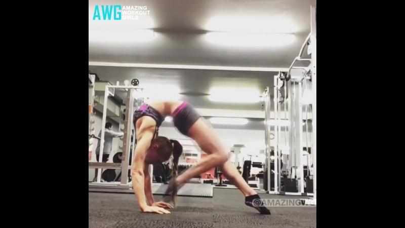 SLs Fantastic Flexibility Girls