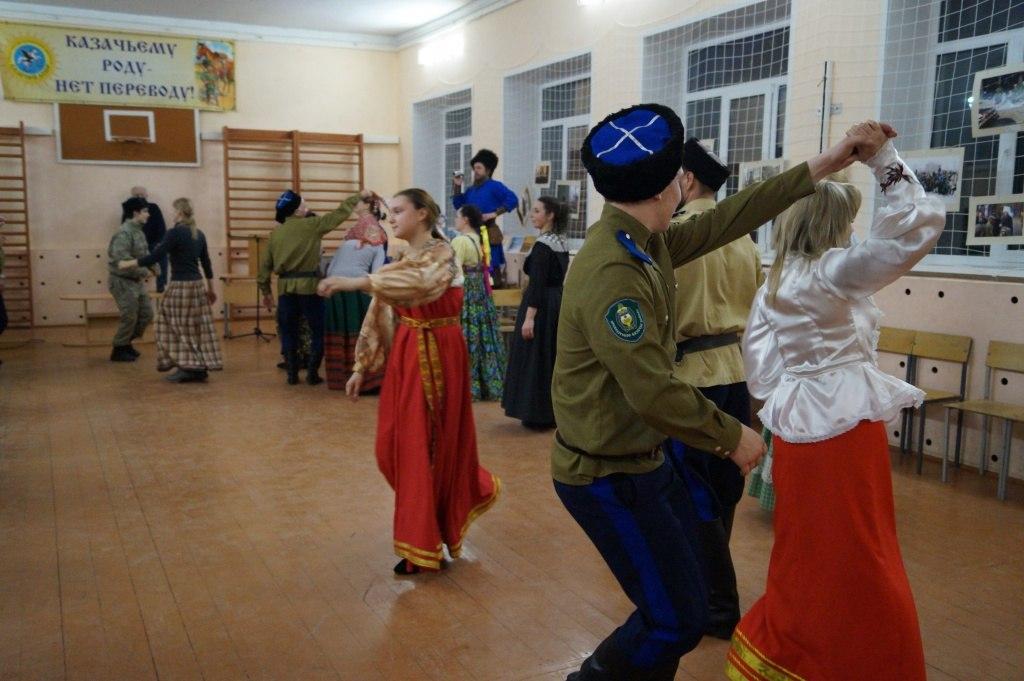 «Казачий дозор» - «Роль традиционных народных ремёсел в воспитании» TZQe5jZEq58