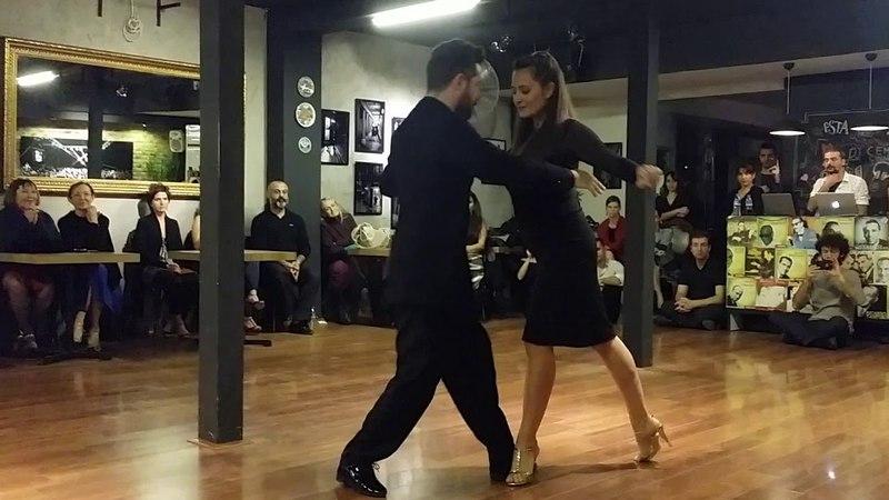 Eşref Tekinalp Vanessa Gauch Arabacıoğlu -1- Esta Show