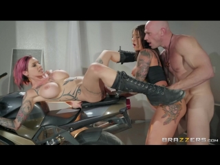 Anna Bell Peaks & Felicity Feline [HD 1080, Big Tits, Natural Tits, Threesome, P