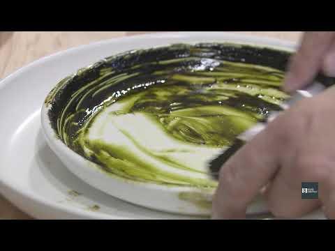 Як один американський художник використовує бур'яни у своїх картинах
