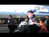 Morten Harket from a-ha arrived to Moscow on train, 19.10.2014 - Мортен Харкет приехал в Москву
