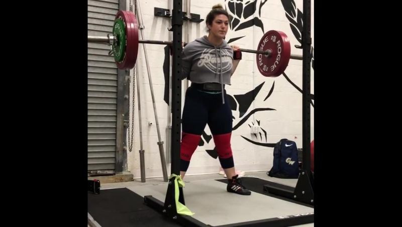 Даниелла Мело - присед 195 кг на 5
