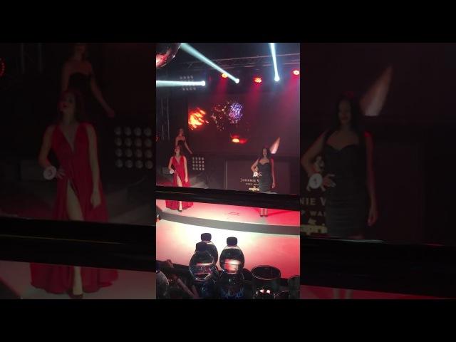 Выход участниц Miss Caprica в платьях ANNAKISS