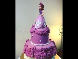 Принцесса София поздравляет Аленке с днем  рождения !