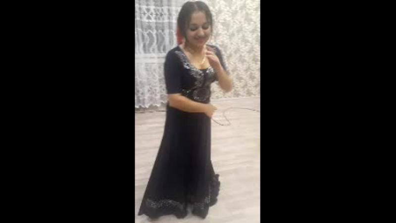 золушка танцует