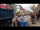 Уборка улицы после парада.
