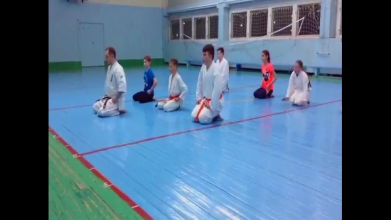 Подготовка физической формы и выносливости учеников для достойного участия в кю-тесте!