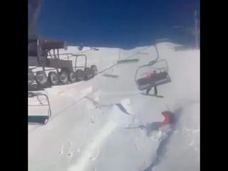 Пособие как выгнать лыжника с креселки, сноуборд решает