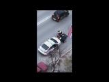 В Тюмени неадекват ударил в пах сотрудника ДПС