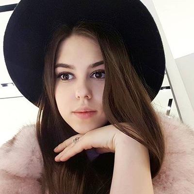Елена Цветова