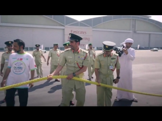 Dubai police broke a second World Record within one week by pulling a 302 tonne A380 Emirates Airbus.