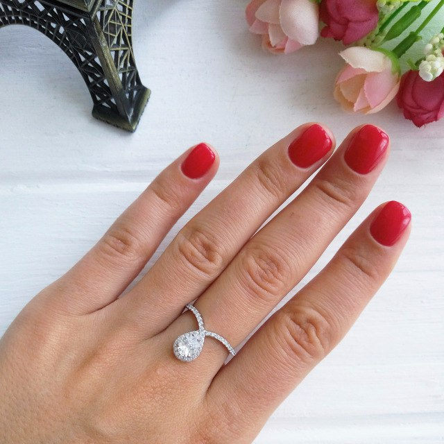 Шикарное серебряное кольцо LicLiz за 674