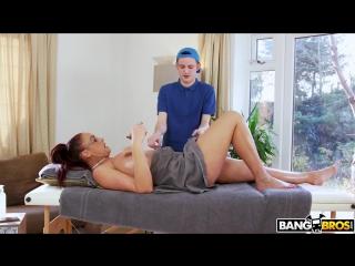 Emma butt анал видео