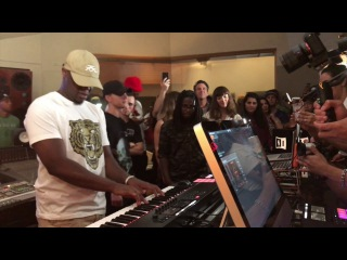 Mike Kalombo x OddKidOut - Native Instruments V.I.P Release Party