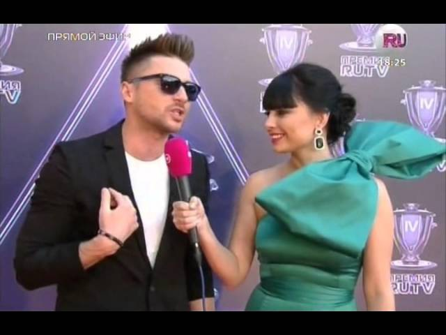 Премия RuTV-2014/ Сергей Лазарев на Красной дорожке